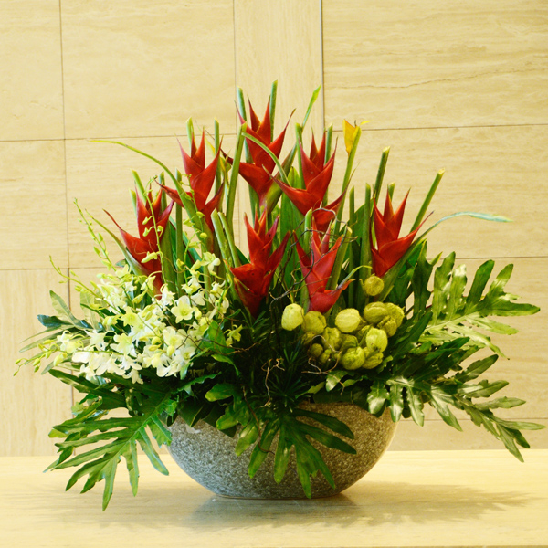Types Of Flower Arrangement Shapes: A Complete Guide To Choose The Right Bridal Bouquet And